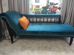 how to upholster a chaise longue