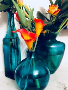 colour psychology vases