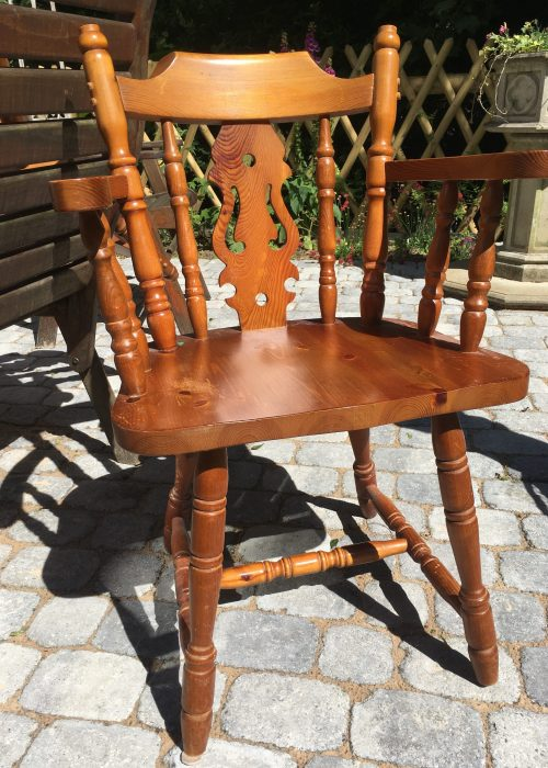 Upcycling: Kitchen Chair Before
