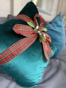 quick fix christmas cushion