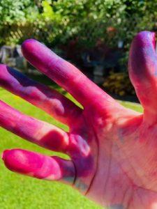 hands tie dye